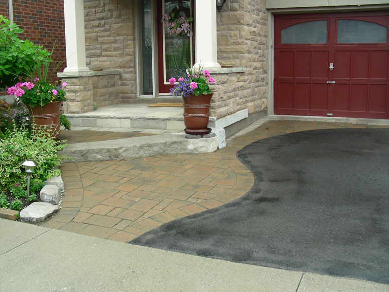 Interlocking Stone Driveway, front yard landscaping