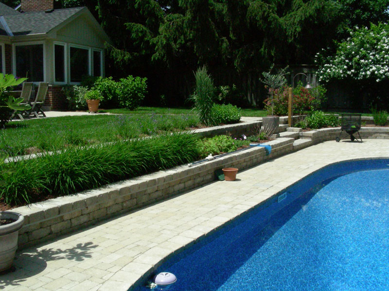pool coping landscaping reatining wall