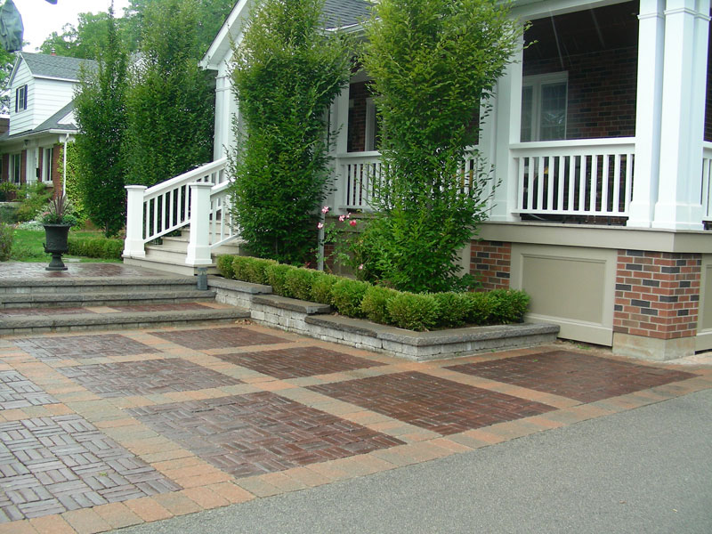 Interlocking stone front walkway