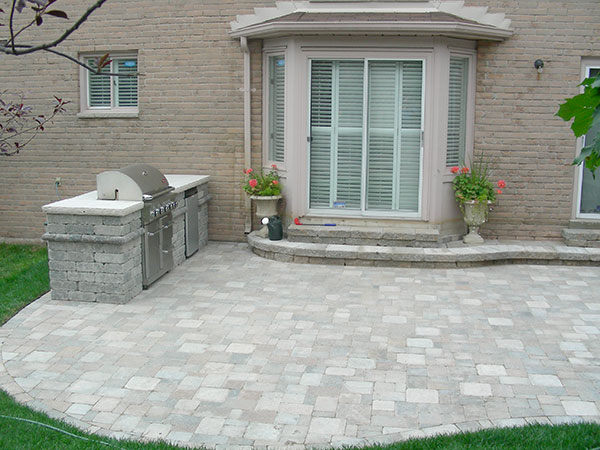 Interlocking Patio, landscaper, out door kitchen